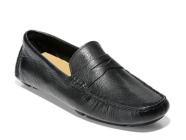 Dress the Howland penny loafer from Cole Haan up or down for any outfit. This driving moccasin features a foam footbed and leather lining for added comfort.