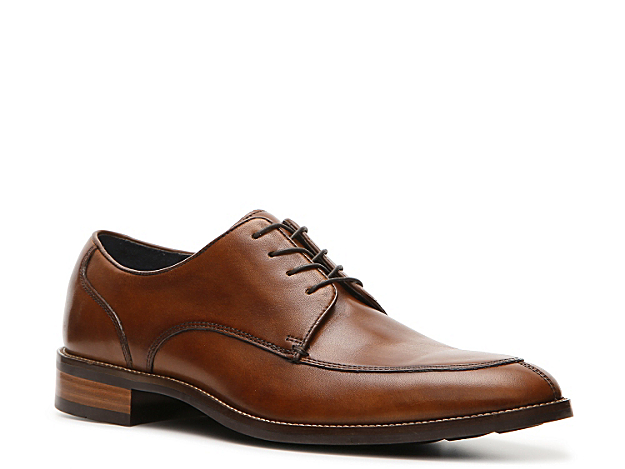 <p>A true classic that will never go out of style is what you get with the Lenox Hill oxford from Cole Haan! This leather oxford is ready for the boardroom or a night out on the town and will keep you comfortable with Grand OS® technology which features a dual compound cushioning system!</p>