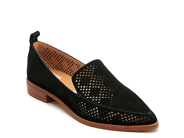 Don a sophisticated look sporting the Kleo slip-on from Dolce Vita. Designed with charming perforations, this loafer has an elegant almond toe and long-lasting outsole.