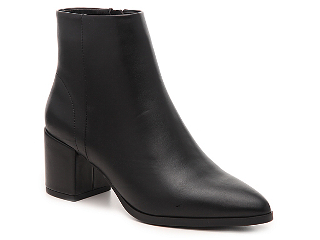 Give off fashion-forward vibes in the Dafni bootie from Madden Girl. A pointed toe and seamless design will tailor the look of moto jackets and dark jeans.
