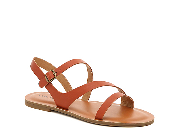 An array of straps dance across your foot when you wear the Alexcia sandals from Lucky Brand. These flats are crafted in rich leather that add a sophisticated feel to distressed jeans or a printed sundress.