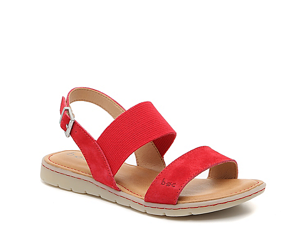 Stay comfortable all day long when wearing the Ismeria sandal from b.o.c. This silhouette is fashioned with an adjustable slingback and stretch-infused band that flexes to match your movements.