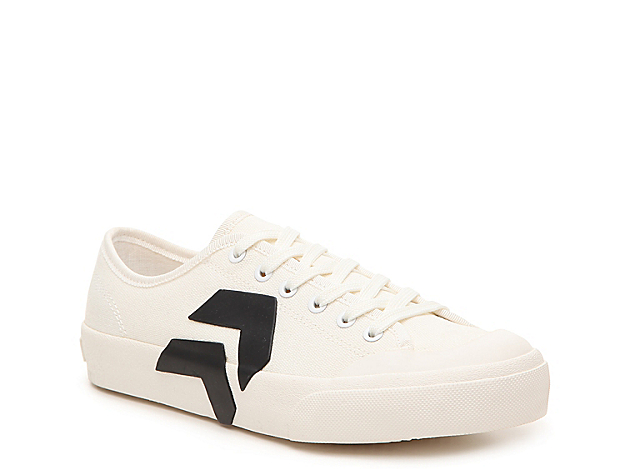 Jump-start your street style with the Bryton sneaker from Dolce Vita. This lace-up pair features a casual canvas upper and easily pairs with your rotating wardrobe!