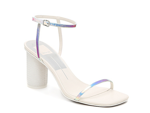 Bring a fashion-forward look to your ensemble with the Naomy sandal from Dolce Vita. This two-piece silhouette is fashioned with a cylindrical block heel and squared off toe for extra appeal!
