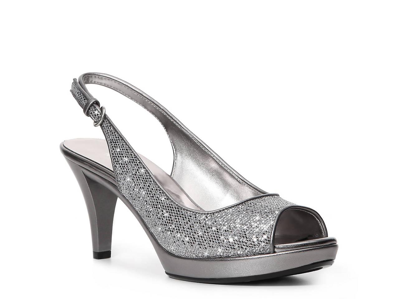 3fc25ae30a7 Nine West Karoo Glitter Sandal Women s Shoes