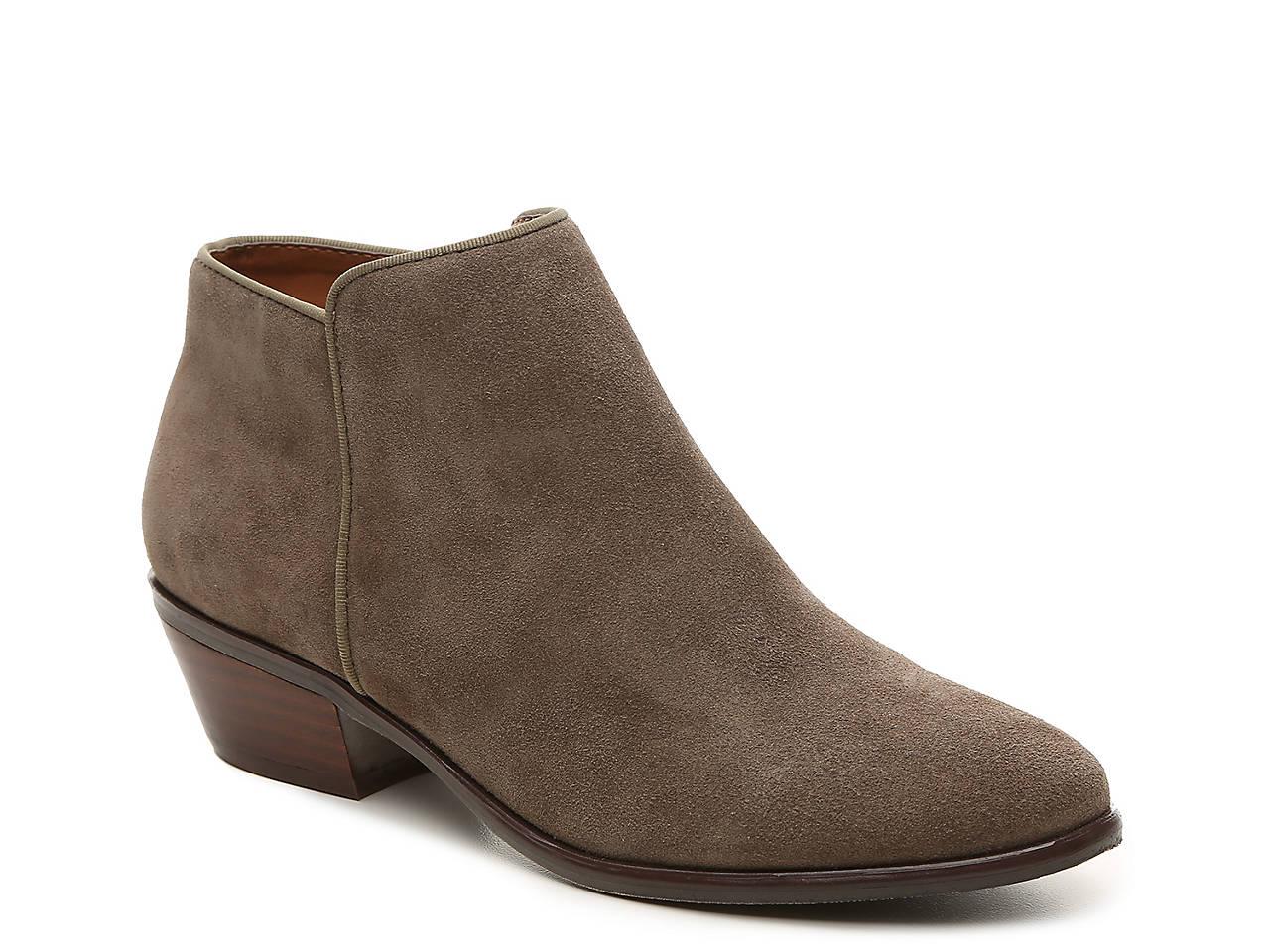 Vintage Crown Shoes