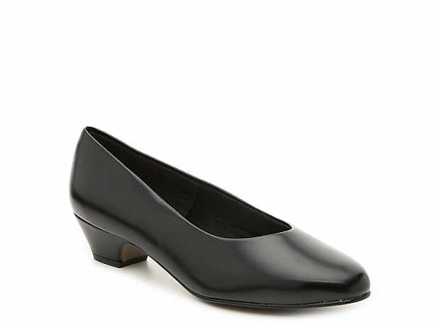 3e552e6b32a Women s Soft Style Extra Wide Shoes