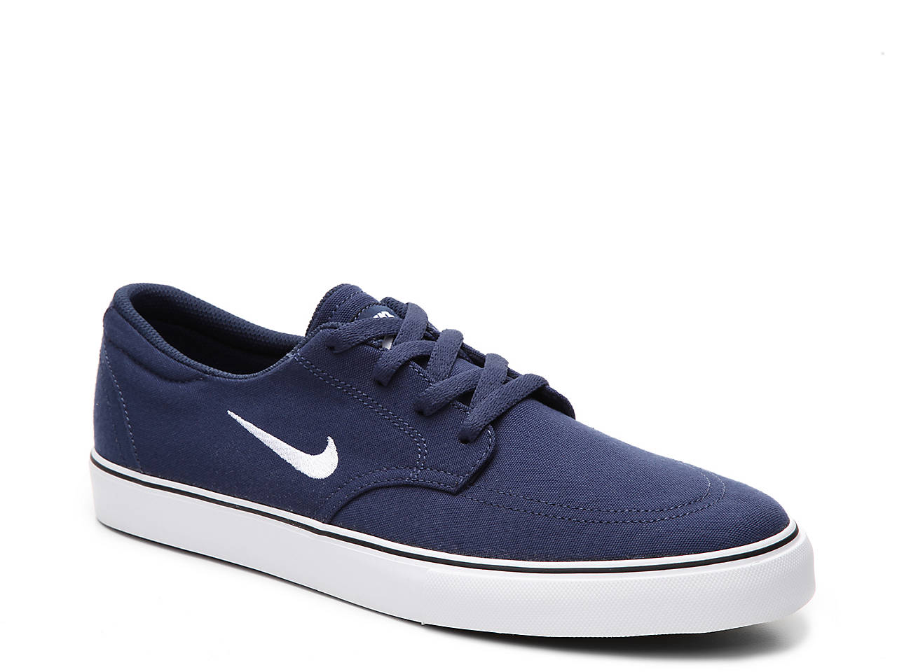 best sneakers 329a8 5f6aa Nike. SB Clutch Canvas Sneaker ...
