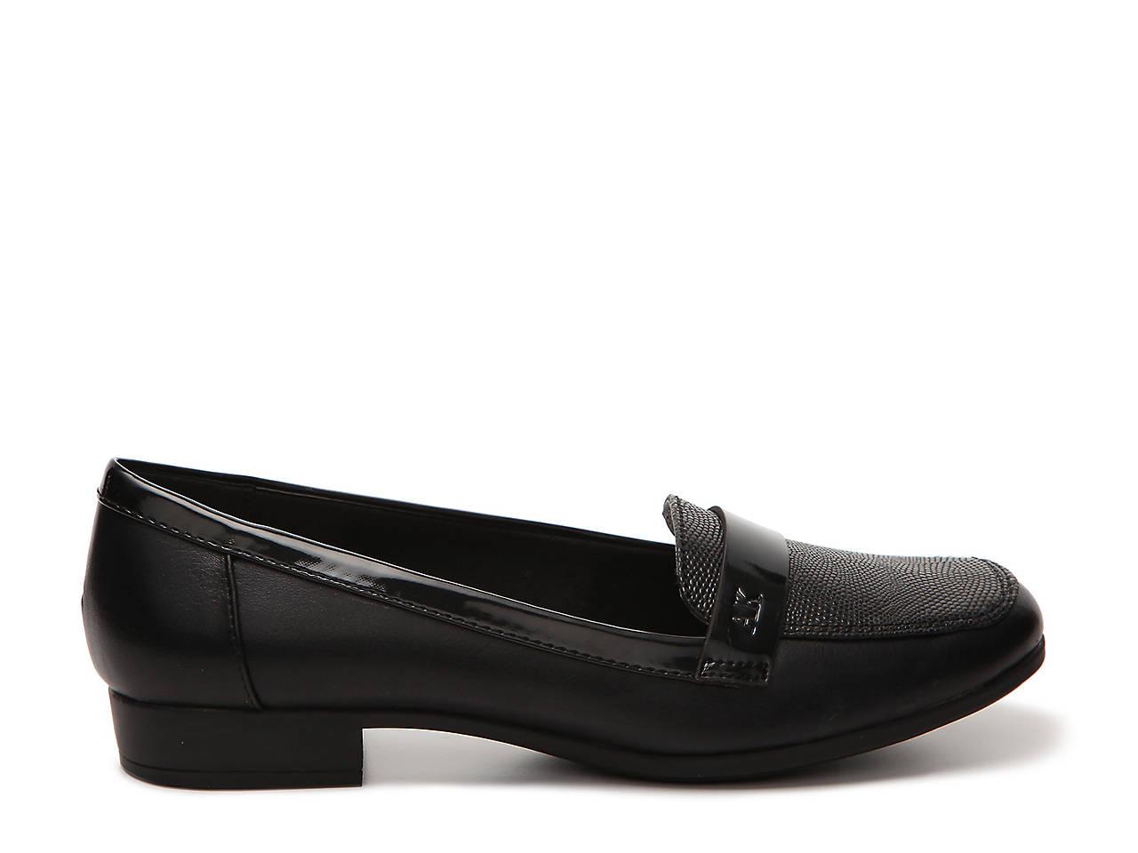9008c63f195 Anne Klein Vittorio Loafer Women s Shoes