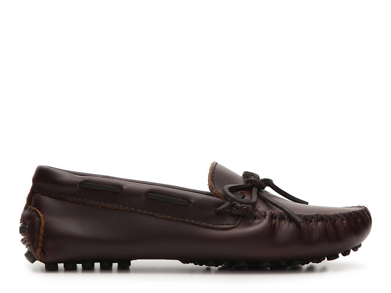 b16929ec Minnetonka Classic Driving Moccasin Women's Shoes | DSW