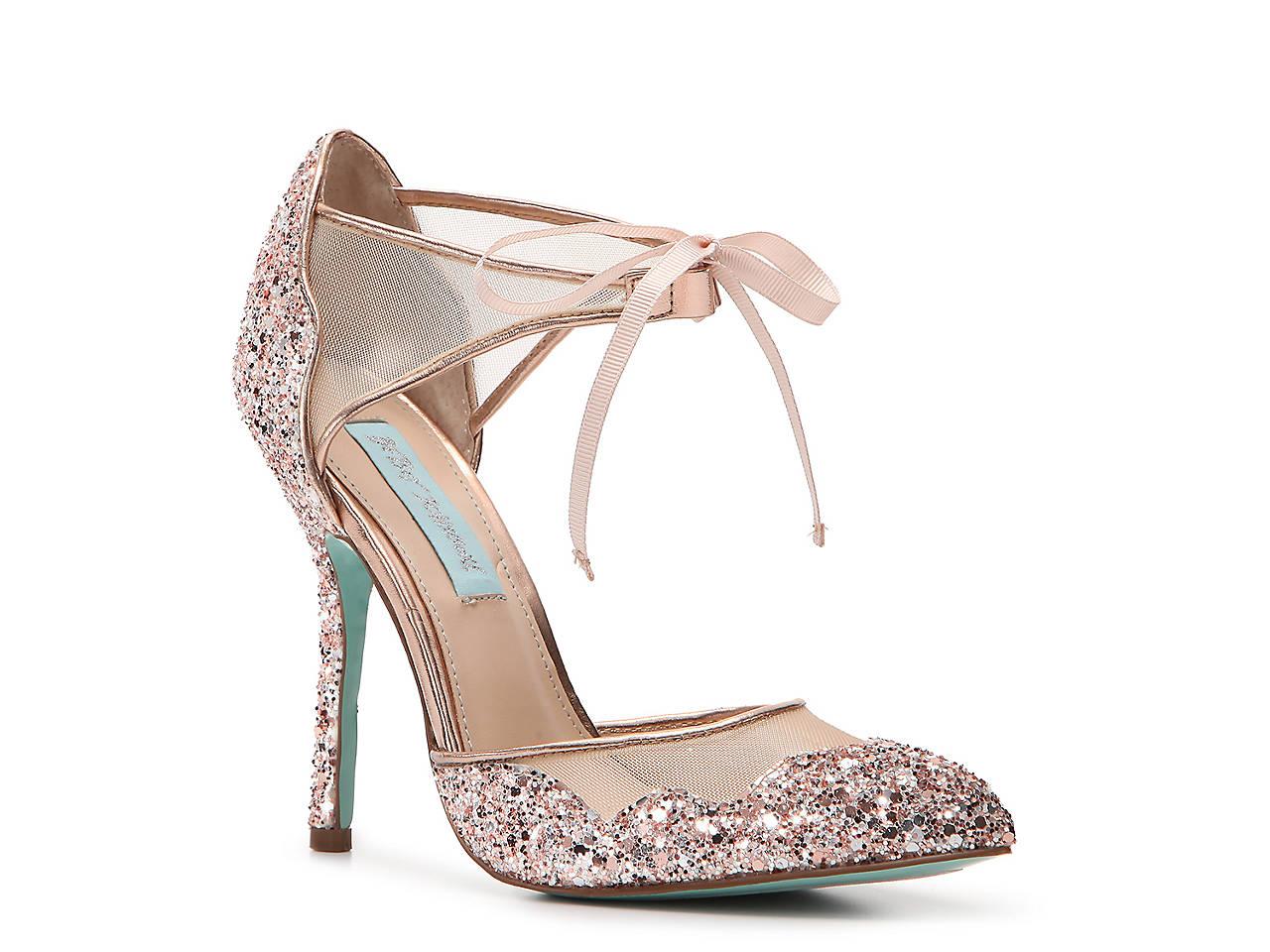 7d0cb5e098b Betsey Johnson Bella Pump Women s Shoes