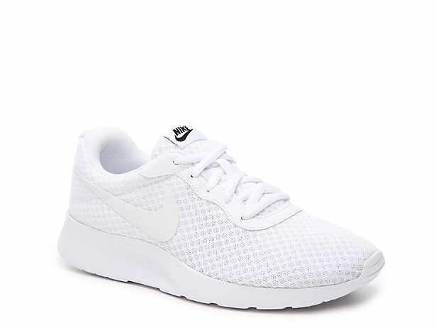 white nike womens shoes boots