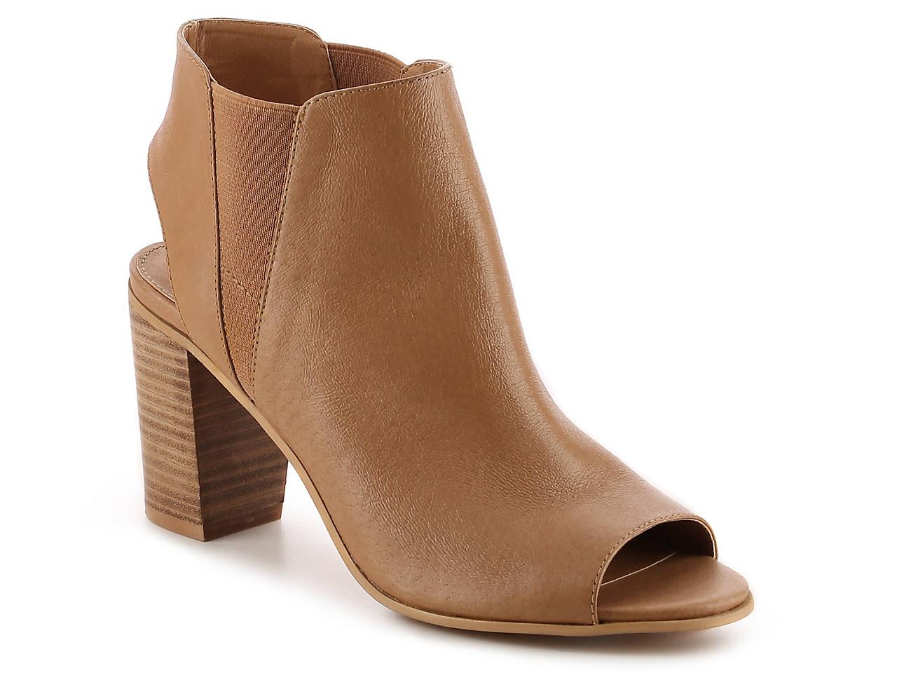 60bebac3f947 Steve Madden Nobell Sandal Women s Shoes