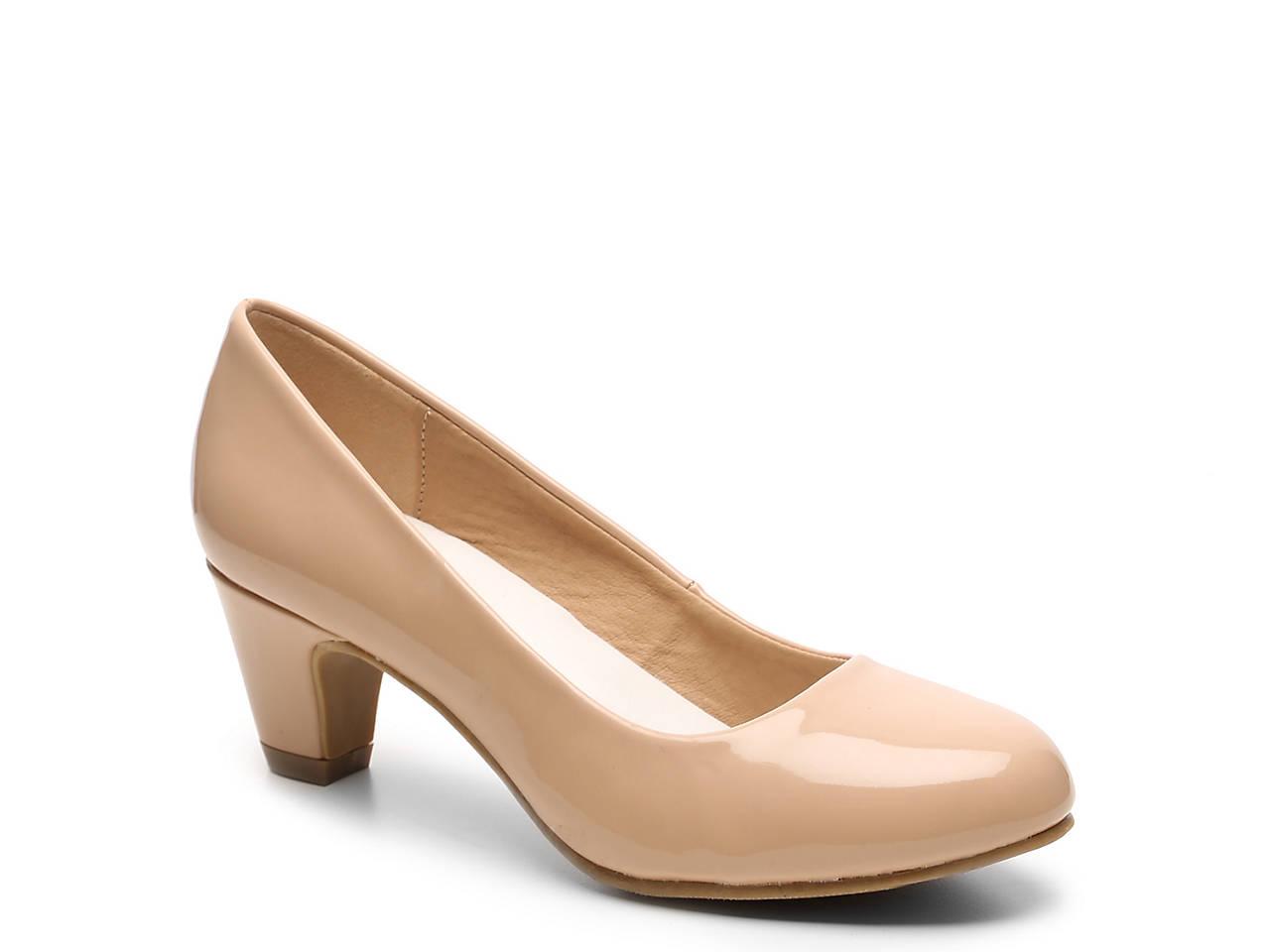 9fd2afef3cb2 Journee Collection Luu Pump Women s Shoes