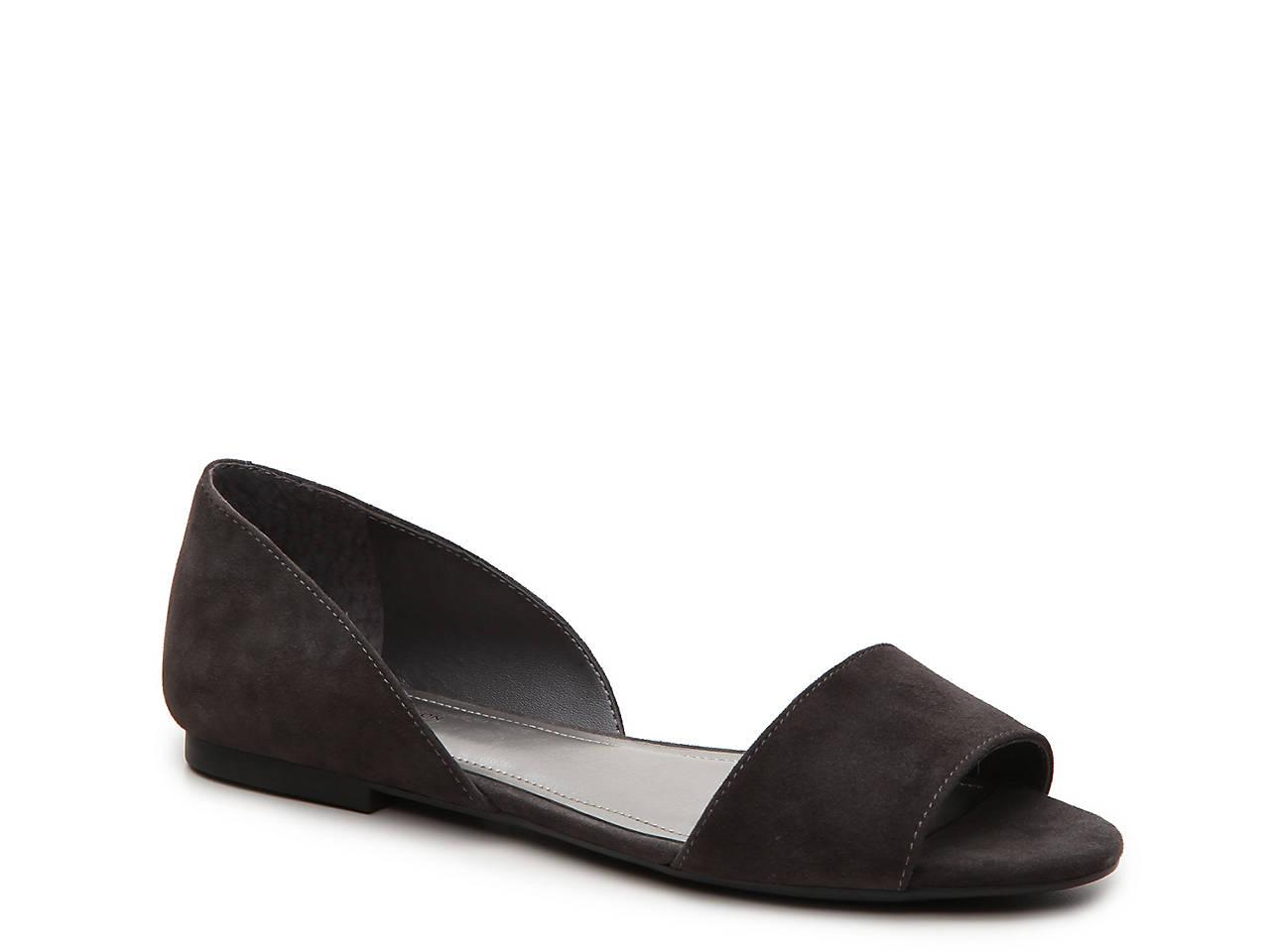 b36d9c871f5 BCBGeneration Fatimah Flat Sandal Women s Shoes