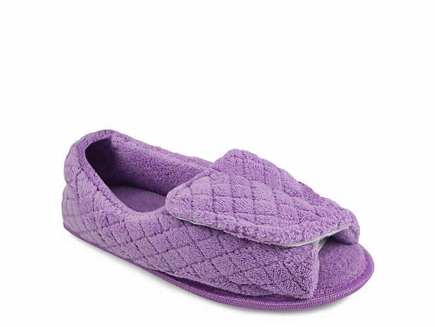 Womenu0027s Slippers, House Shoes, And Slipper Boots | DSW