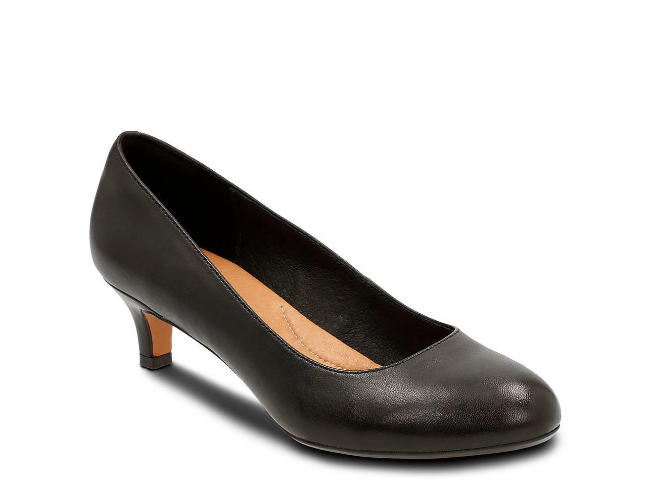 c7302466862b Clarks Artisan Heavenly Shine Pump Women s Shoes