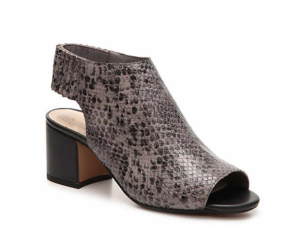 3262e529b453 Women s Grey Clarks Comfort Sandals