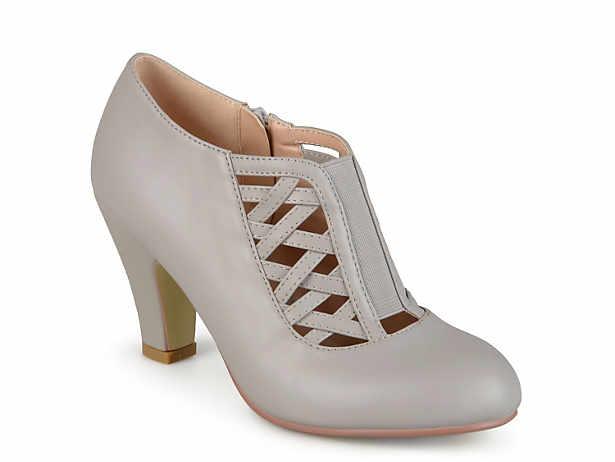 dc14e89bb48 Journee Collection Nile Pump Women s Shoes