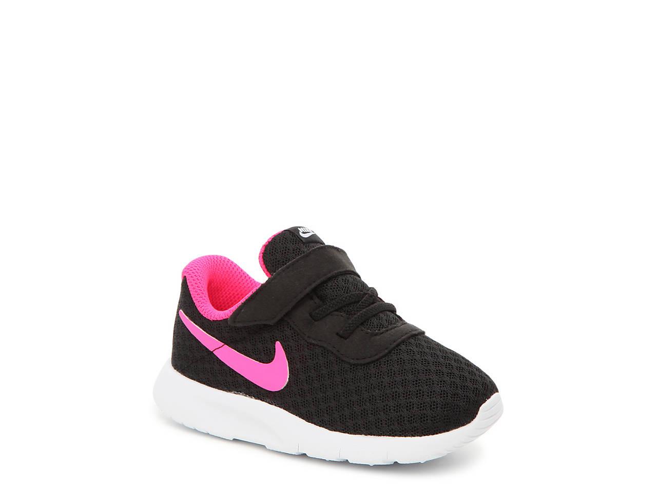 nike shoes tanjun