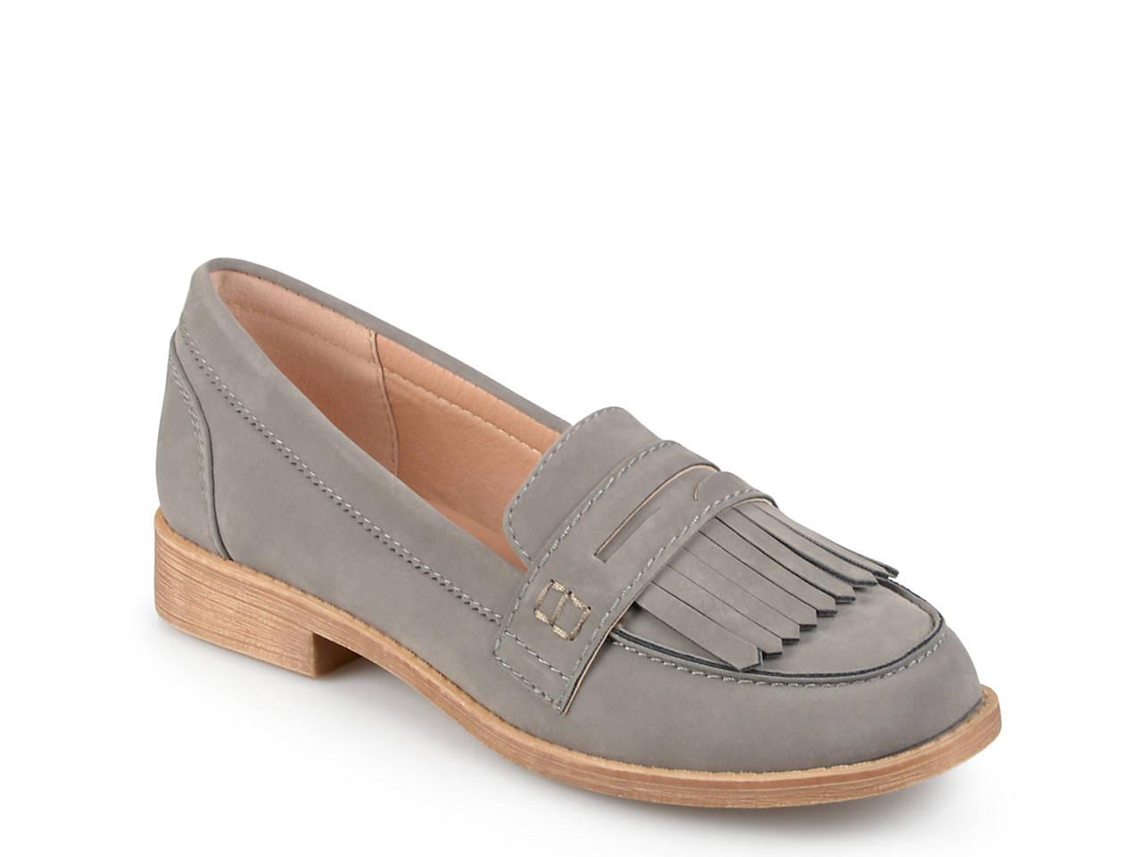 Journee Collection Larue ... Women's Heeled Loafers 540hKTgDdM