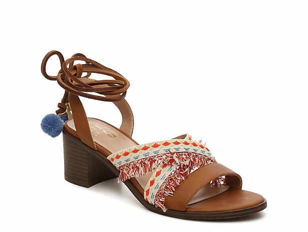 01a522382ef2 Women s Clearance Size 7.5   8