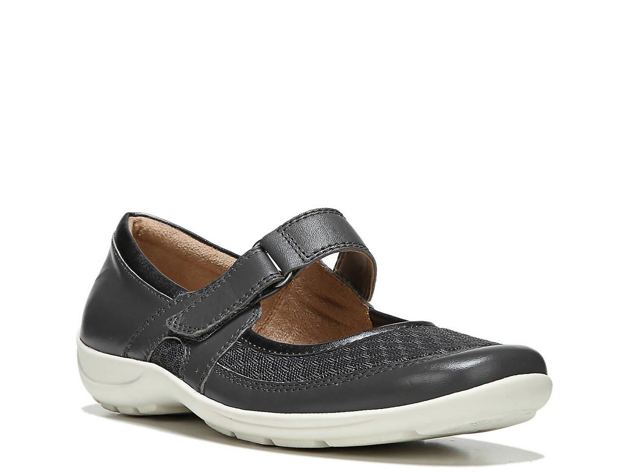 dc3861ca31 Naturalizer Faye Flat Women s Shoes