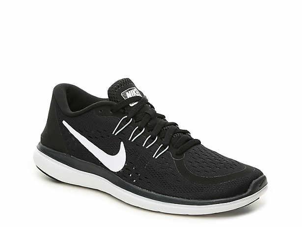 Flex 2017 RN Lightweight Running Shoe - Women\u0027s. Nike