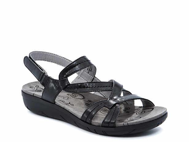 Jadra Wedge Sandal