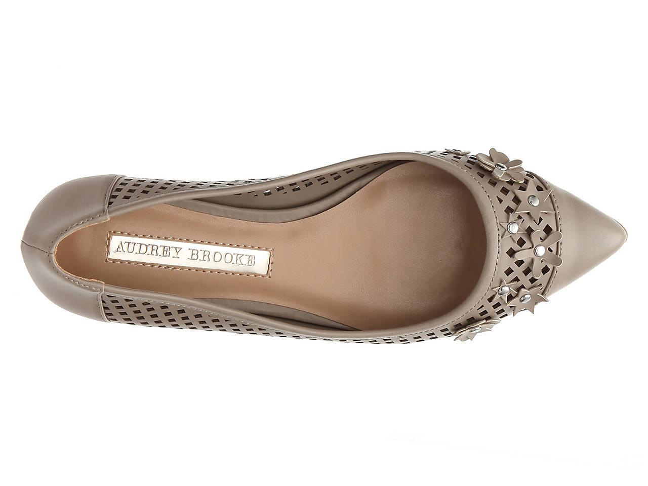5efe2d5e2934 Audrey Brooke Lilith Flat Women's Shoes | DSW