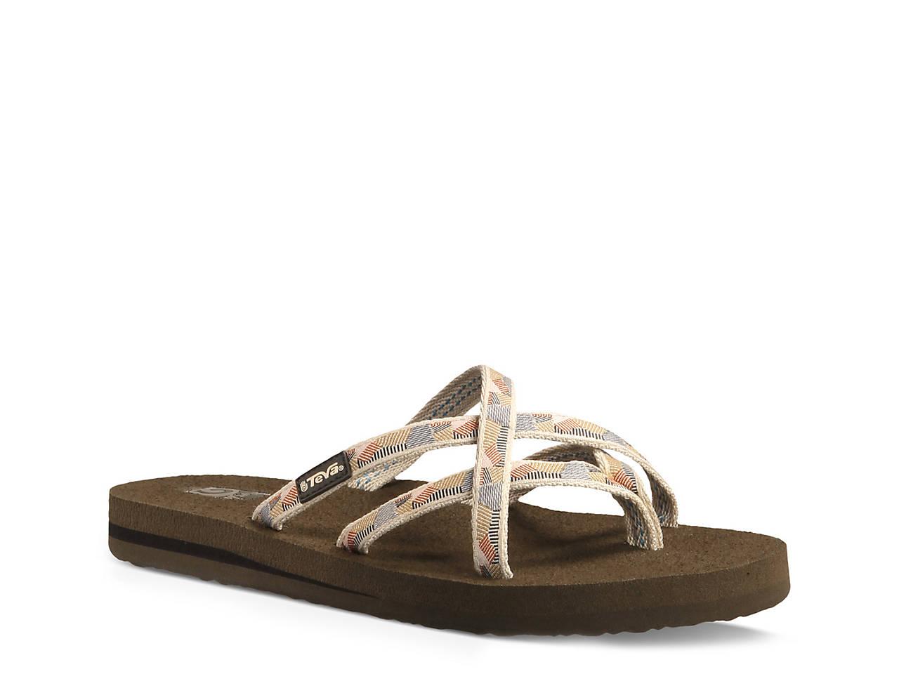 61c246cd0 Teva Olowahu Patterned Flip Flop Women s Shoes