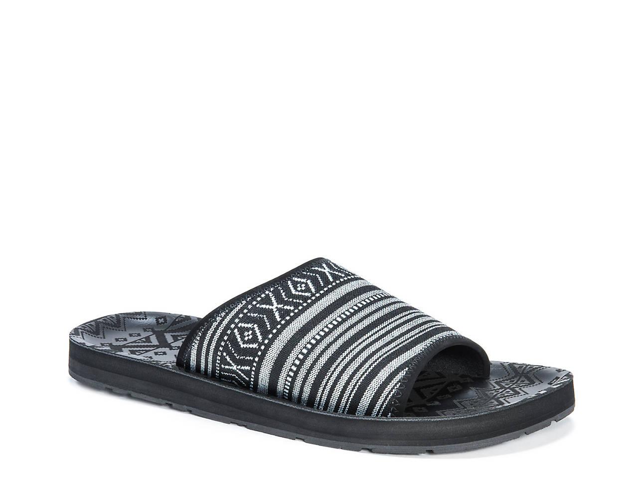 d3353b0a4184 Muk Luks Hendrix Slide Sandal Men s Shoes
