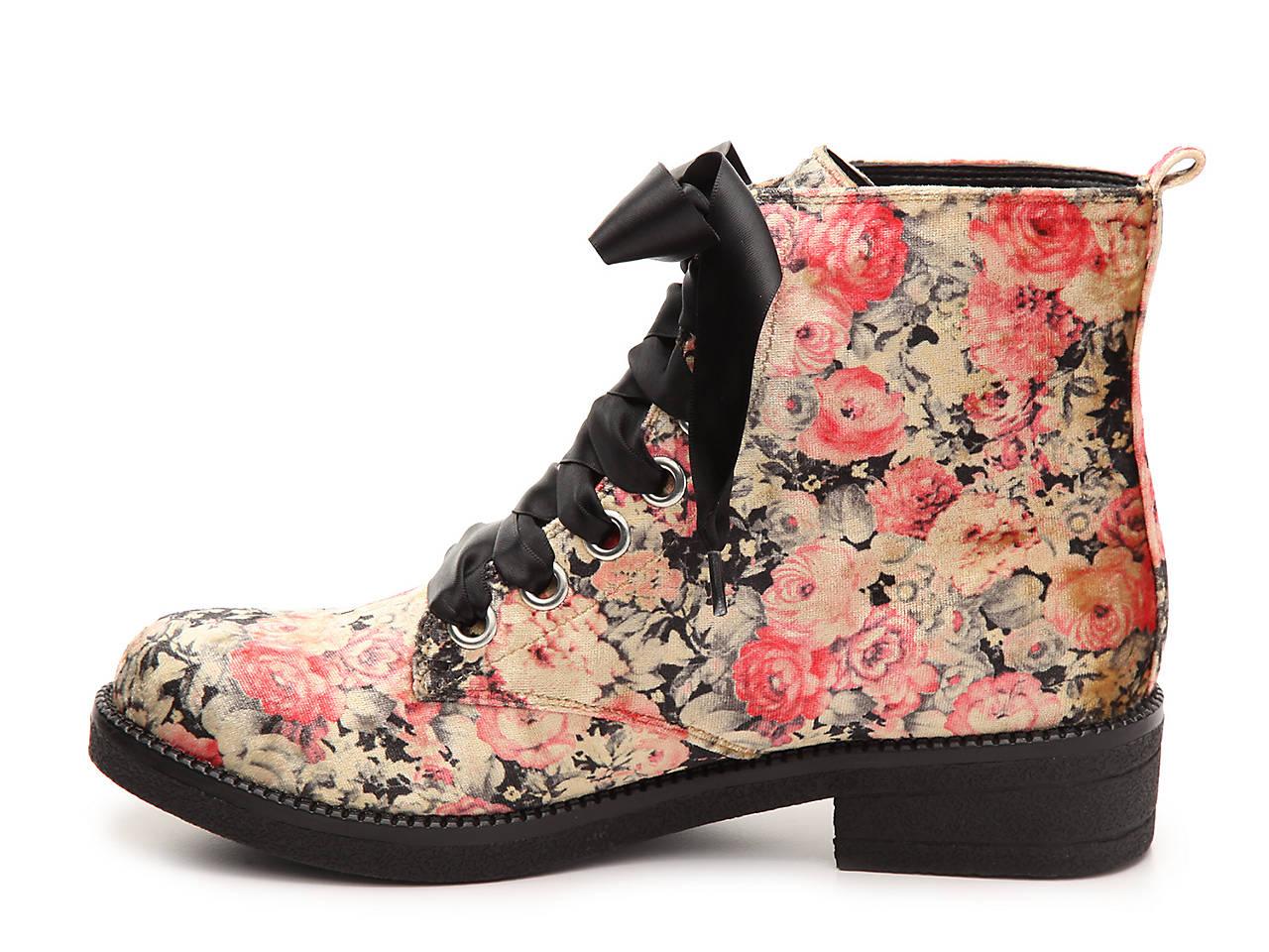 Dirty Laundry Stefan Velvet Bootie Women s Shoes  26f8f9c2f
