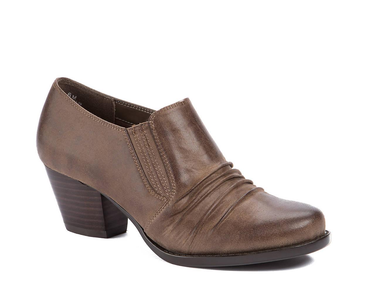Women's BareTraps Reagen Shoes 2015 new online eastbay online clearance cheapest price discount best wholesale outlet 2014 unisex BA1gxV