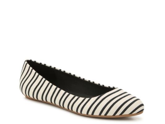dcf7507d0f3c9 Women's Flats | Ballet, Peep Toe & Ankle Strap Flats | DSW