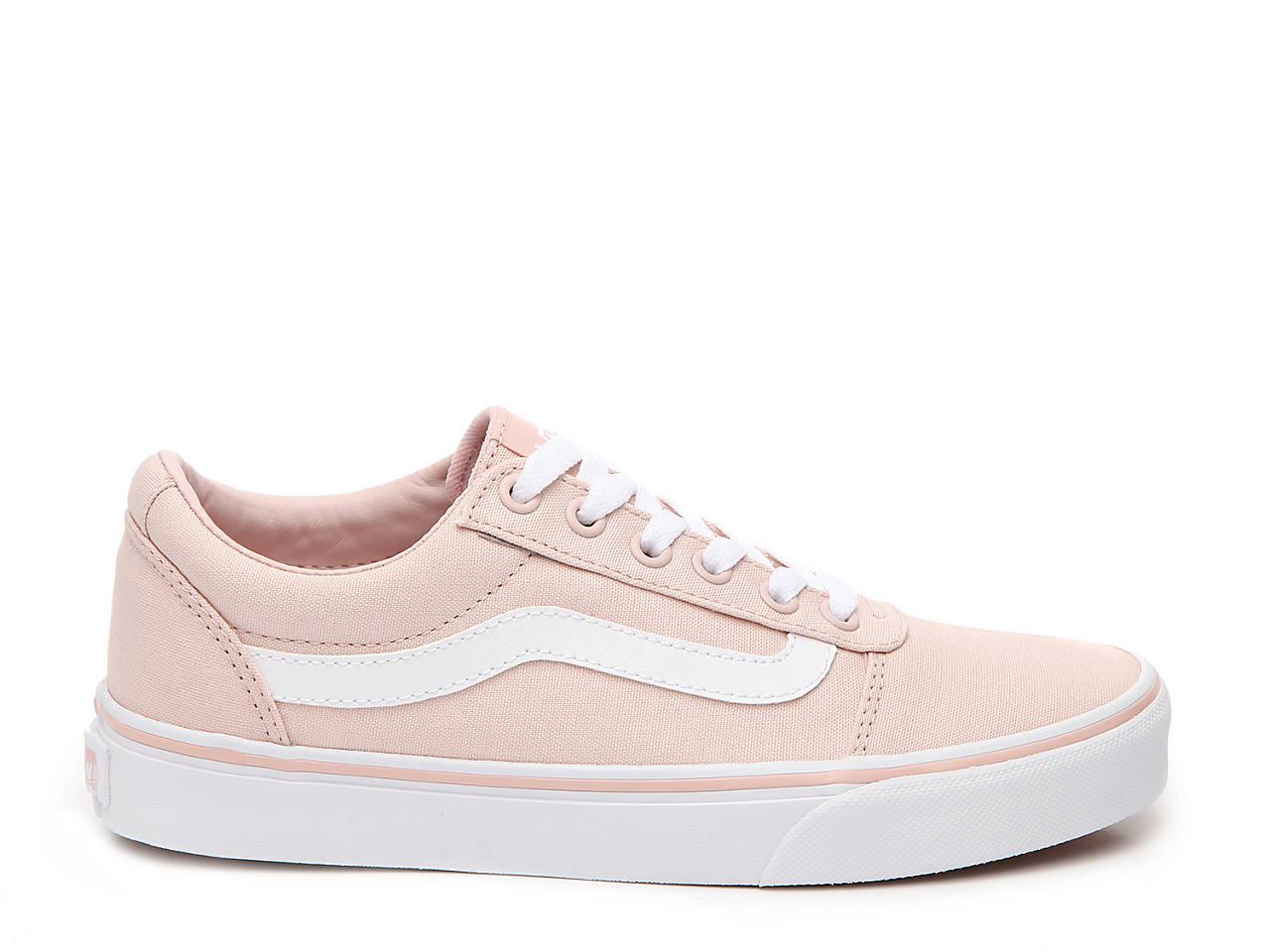 39d5bfffee2 Vans Ward Lo Sneaker - Women s Women s Shoes