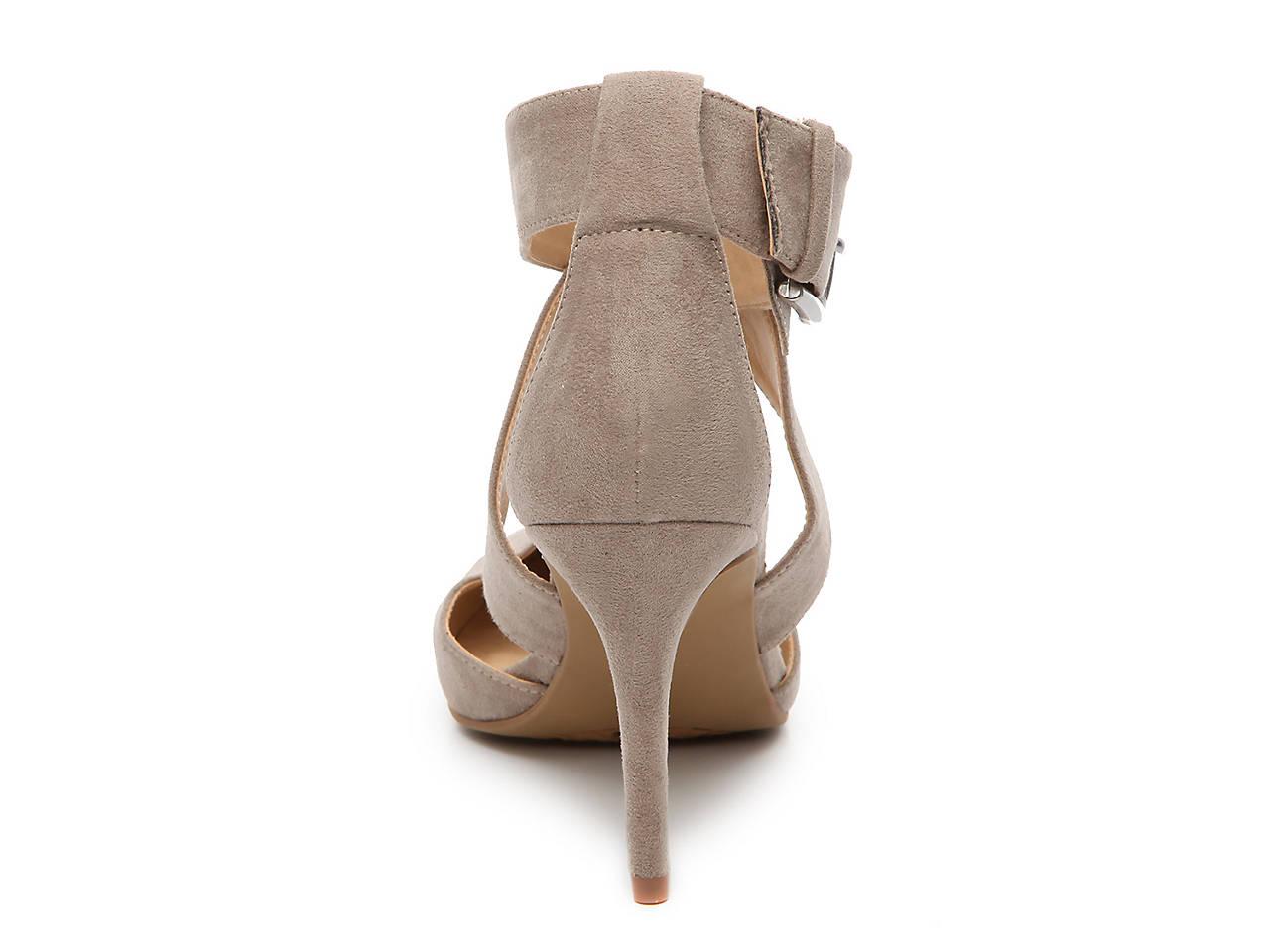 b23b16b93dcf Chinese Laundry Racquel Pump Women s Shoes
