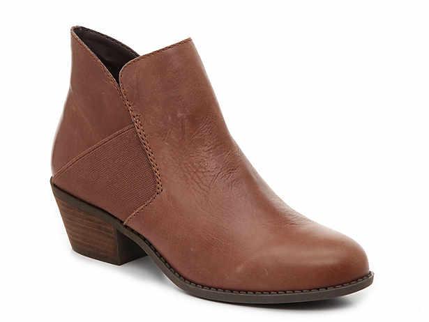 Women s Clearance Boots  0b66da1232