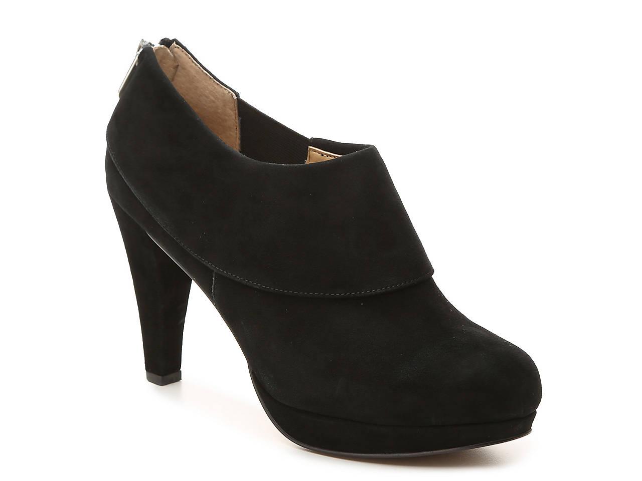901283abc02 Adrienne Vittadini Pasco Platform Bootie Men s Shoes