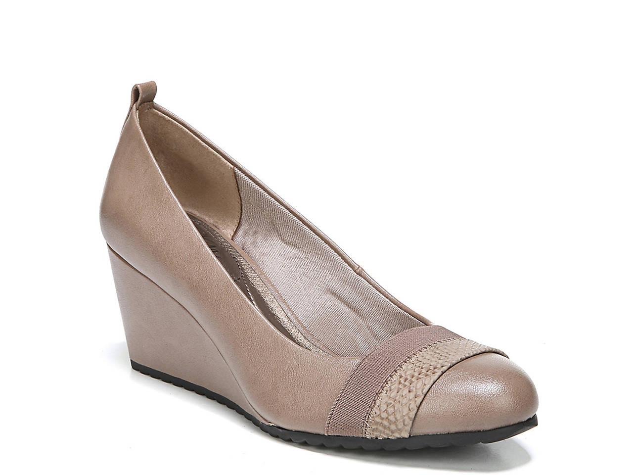 91d02fdec9d7 LifeStride Parigi Wedge Pump Men s Shoes