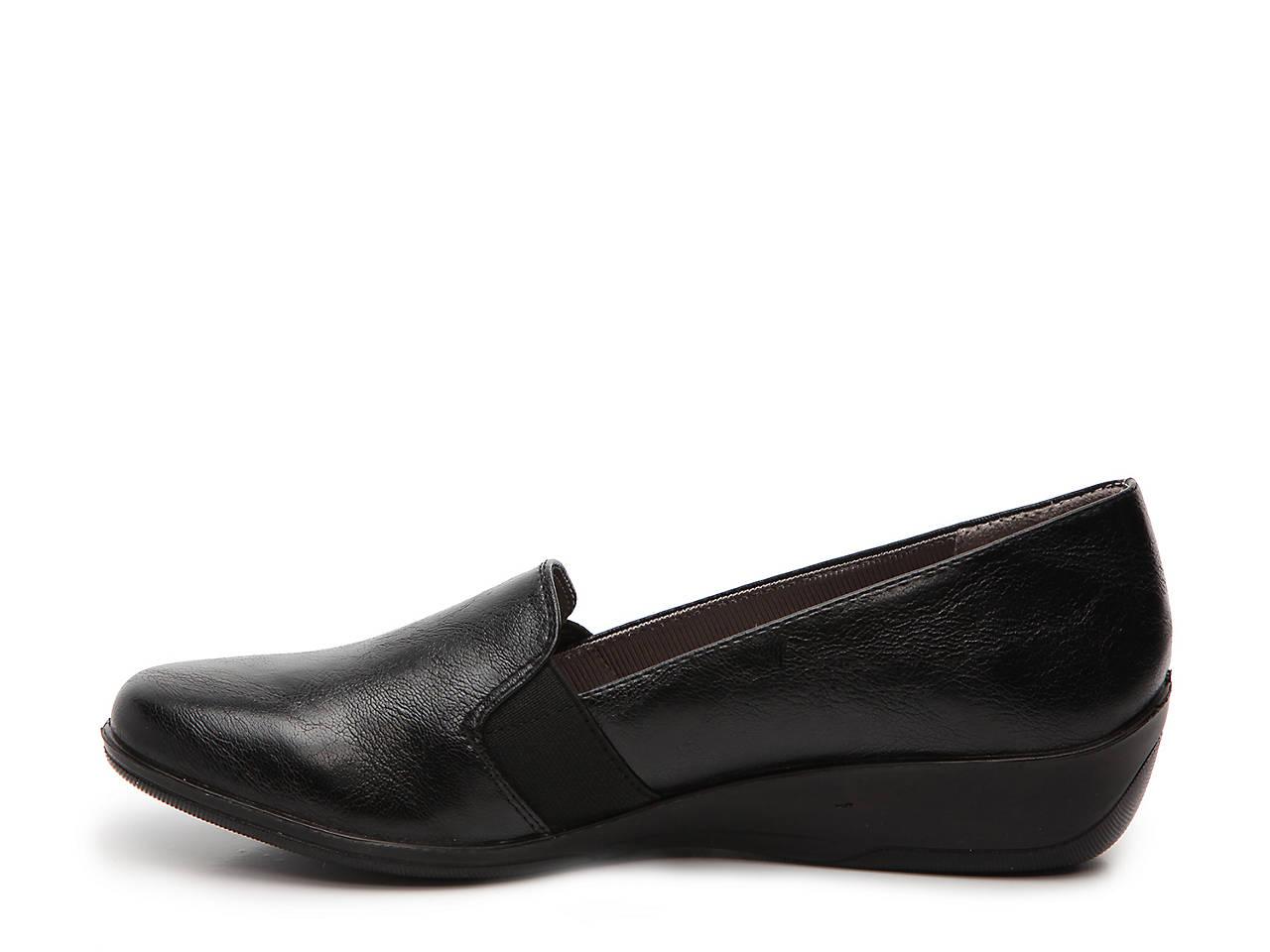 4d90296147f LifeStride Isabelle Wedge Slip-On Women s Shoes