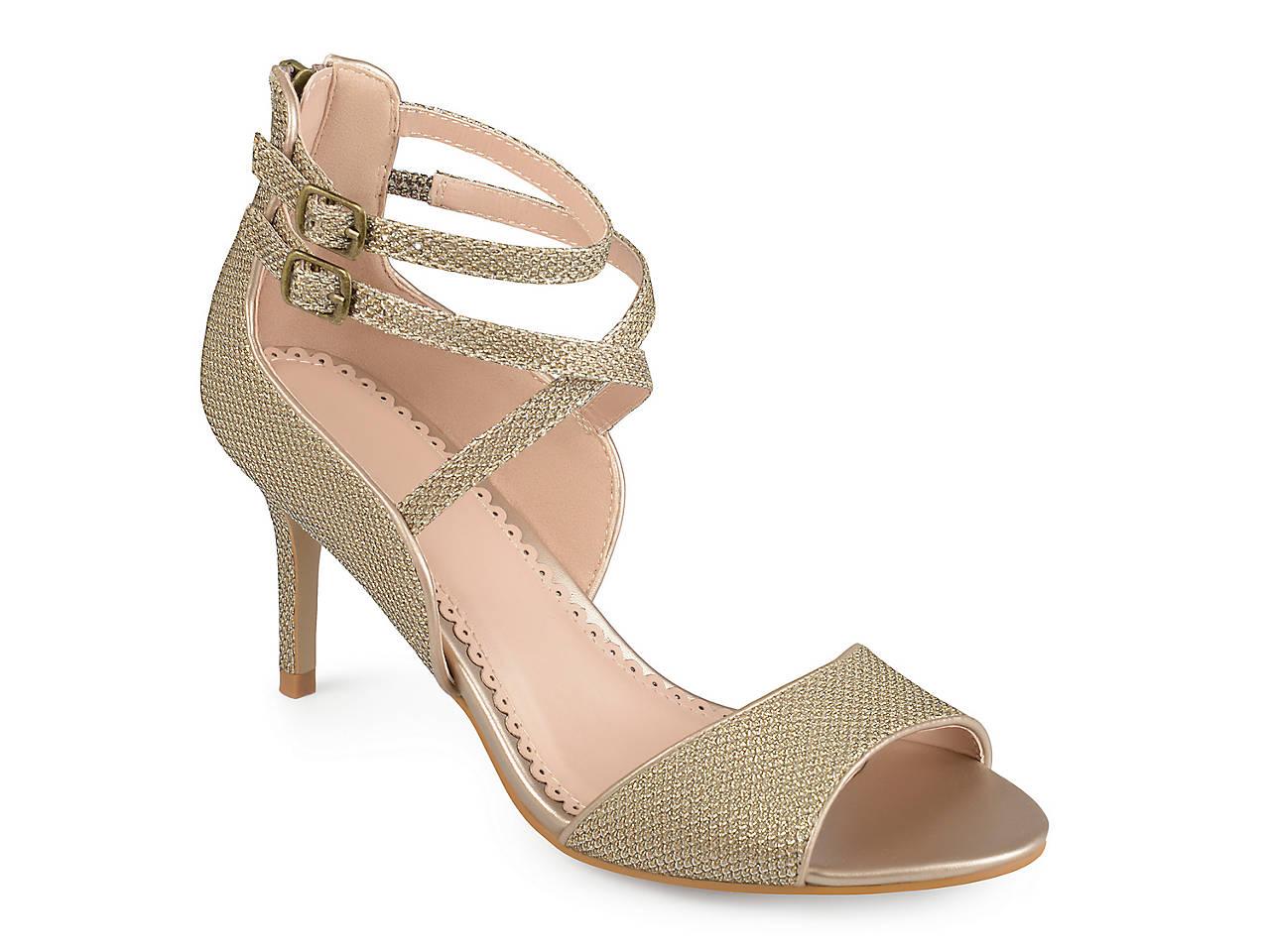 Journee Collection Mabel ... Women's Block Heel Sandals EXzVT9p