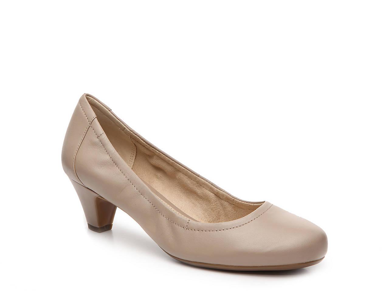 757199bc3a1 Naturalizer Stargaze Pump Women s Shoes