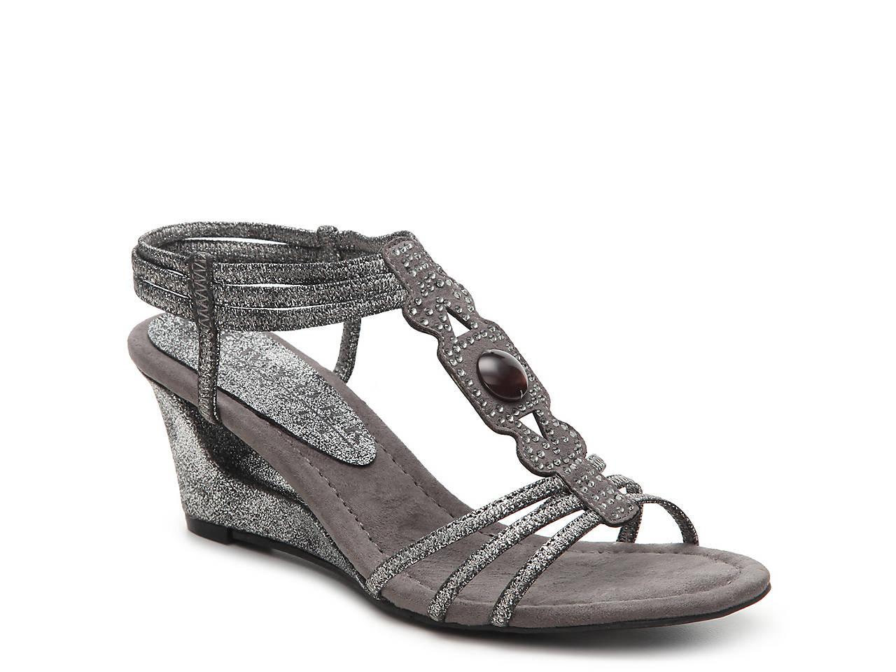 6104c04894c New York Transit Fancy Move Wedge Sandal Women s Shoes