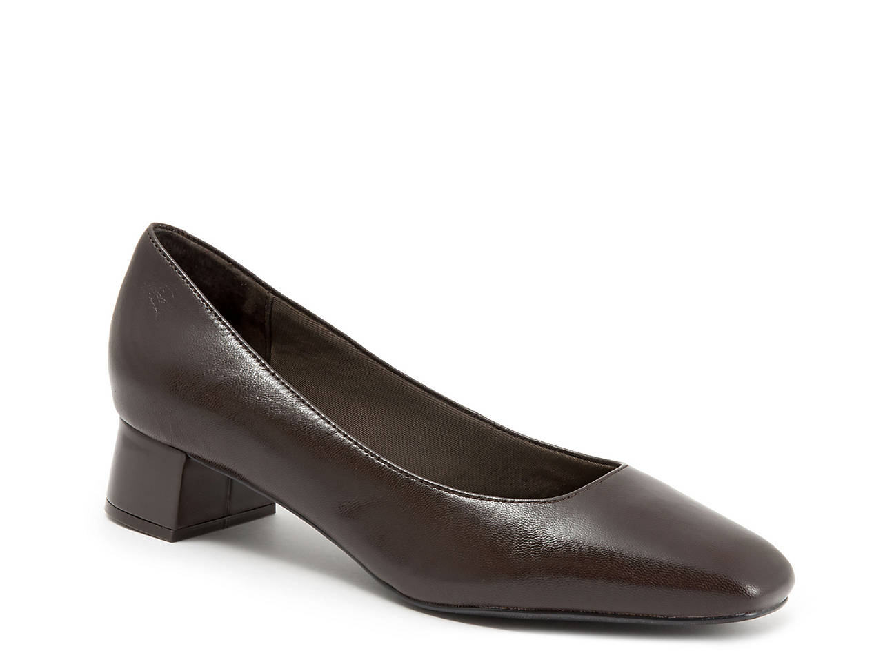 0bf3f6b5b4d Trotters Lola Pump Women s Shoes
