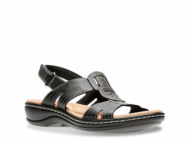70d86a5ebc82 Women s Clarks Narrow Casual Sandals