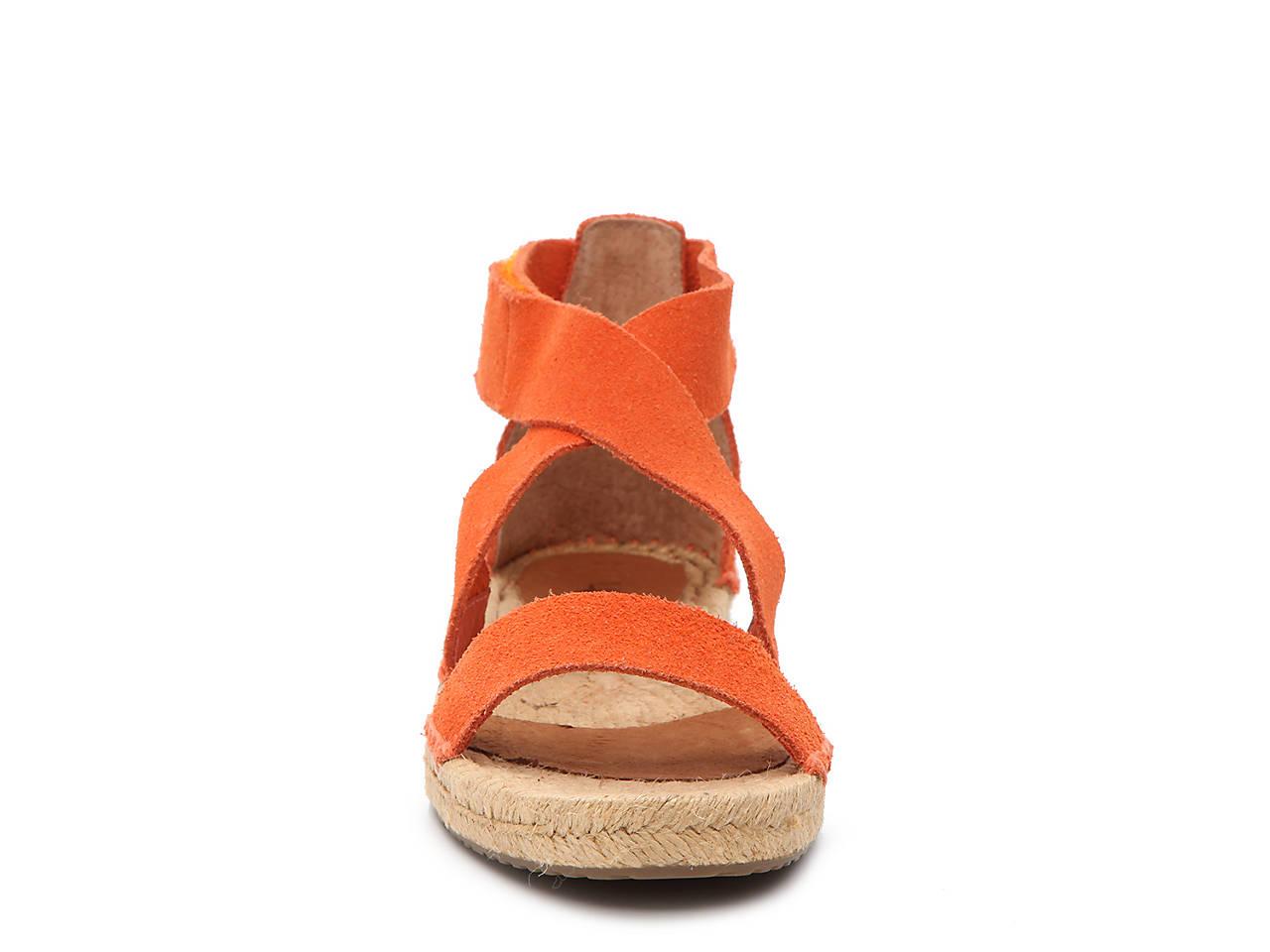 5d276ebbb91 UGG Mila Flat Sandal Women s Shoes