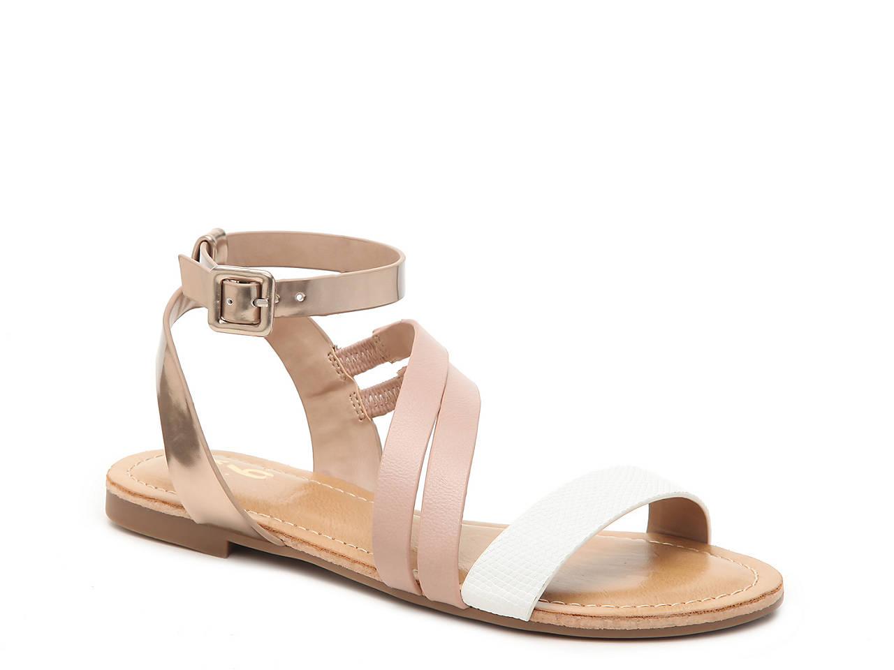 Ediewen Flat Sandal