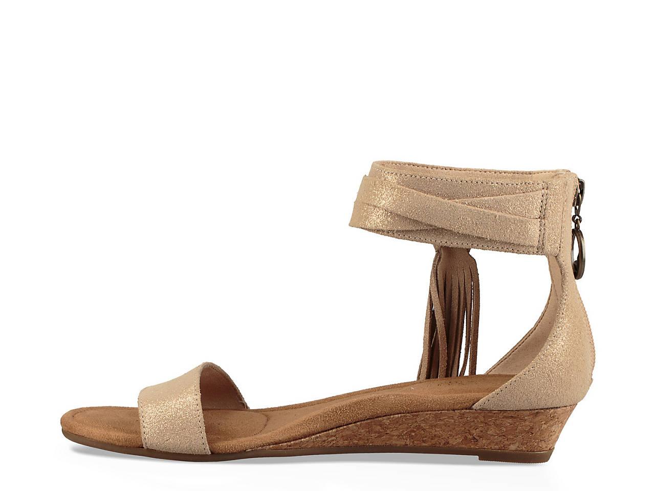 13fa374f1d7e Koolaburra by UGG Saige Wedge Sandal Women s Shoes