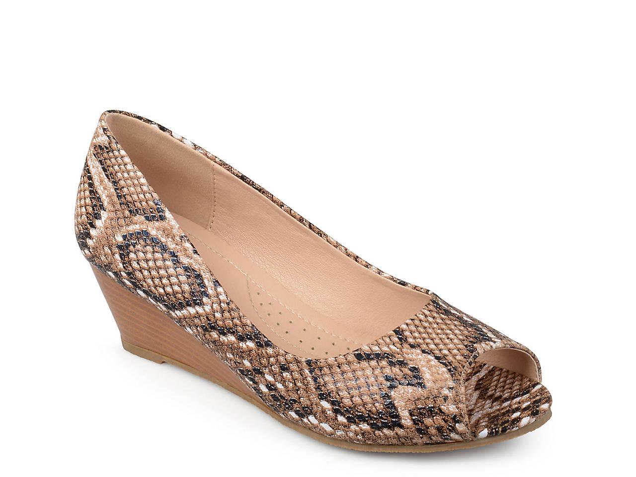 945e5a79d48 Journee Collection Chaz Wedge Pump Women s Shoes